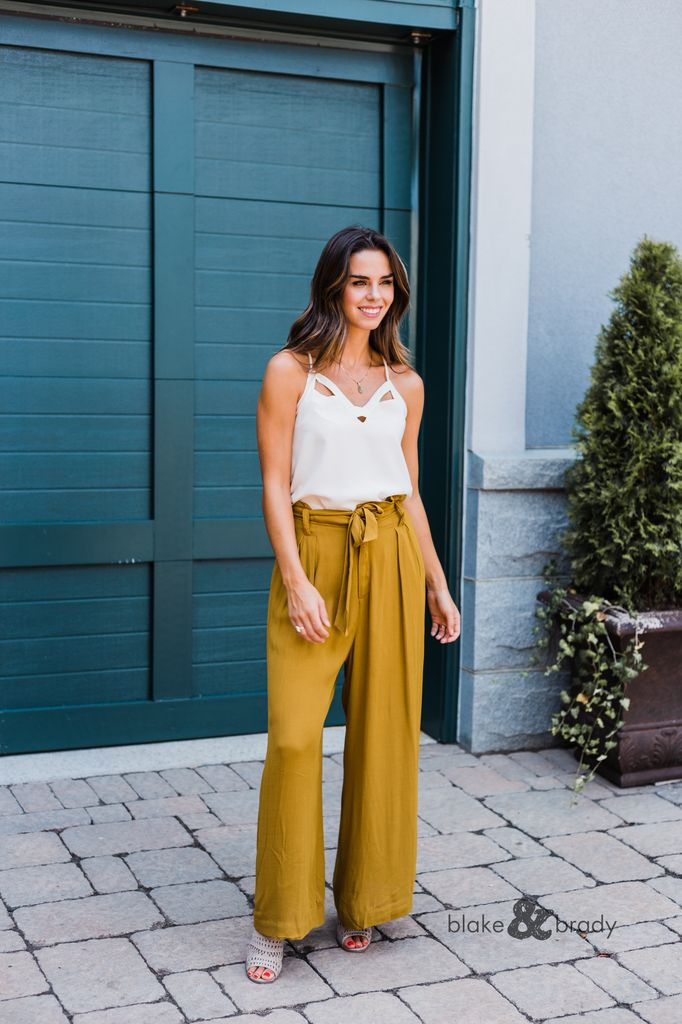 Karlie Solid High Waisted Tie Pant