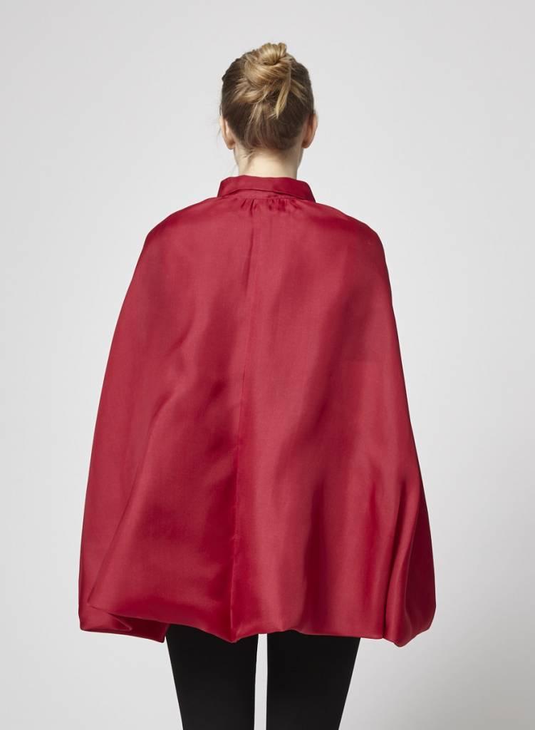 Miu Miu Chemisier en soie rouge style cape
