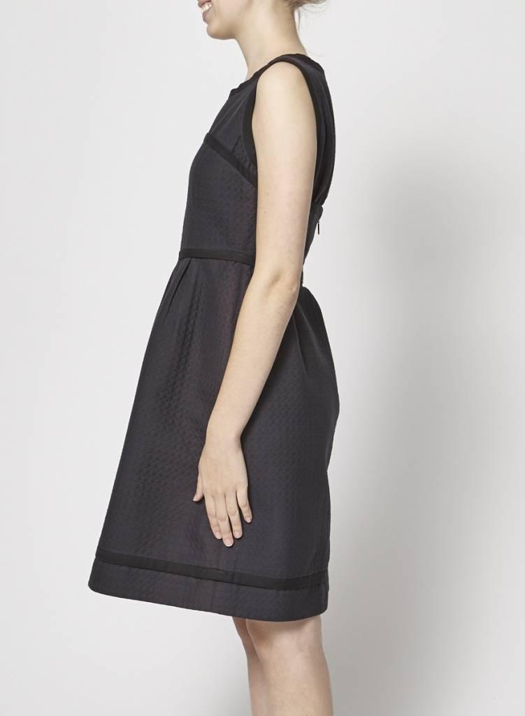 Fendi Robe noire gaufrée