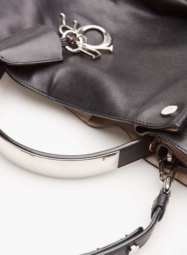 Christian Dior Sac à main en cuir noir Black Leather Diorific Bucket Bag