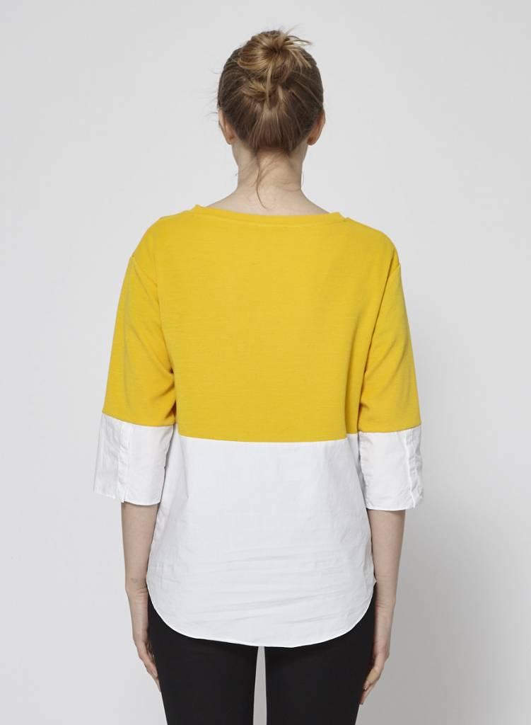 COS Haut jaune moutarde et blanc