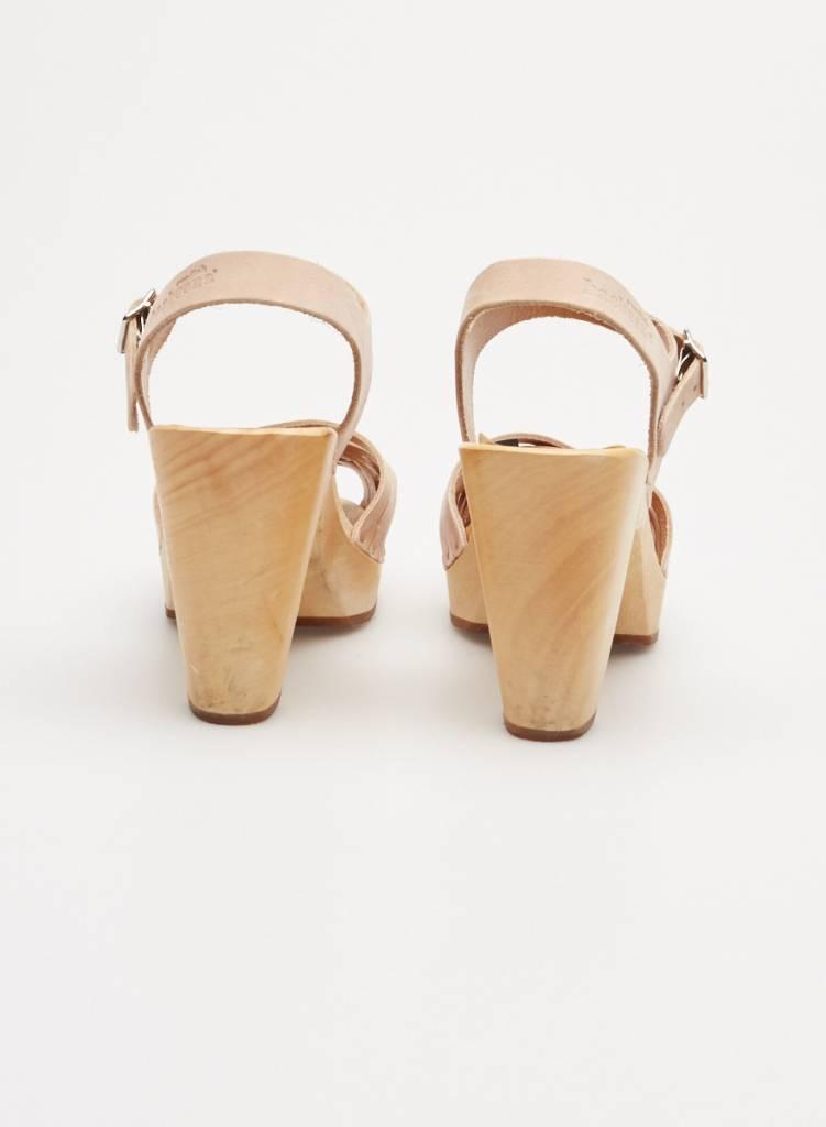 Swedish Hasbeens Sandales en cuir tressé beige