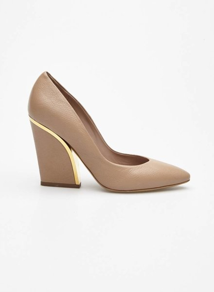 Chloé BEIGE AND GOLD PUMPS
