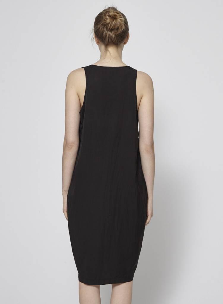 7c6caddb239 Robe noire légère avec soie - Clu - Deuxième édition