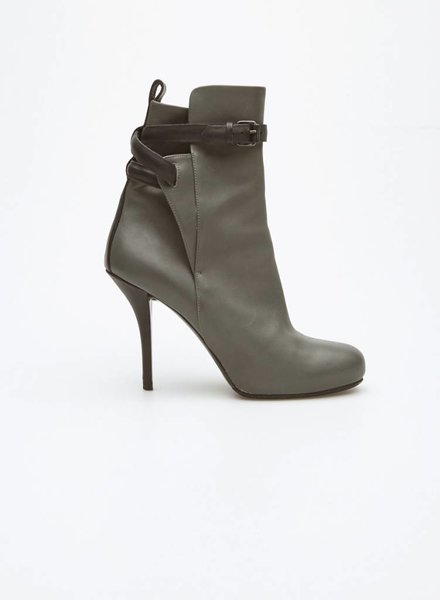 Balenciaga GRAY AND BLACK LEATHER BOOTS