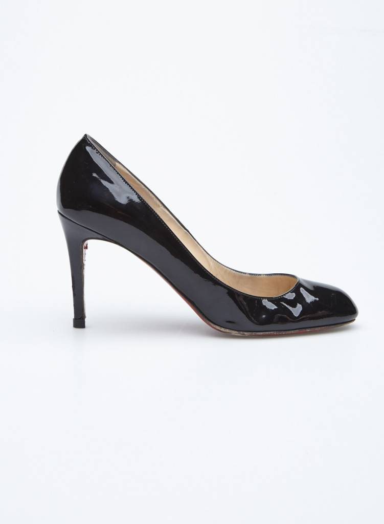 b2bf2dc8b01 Black Patent Leather Pumps - Christian Louboutin - DEUXIEME EDITION