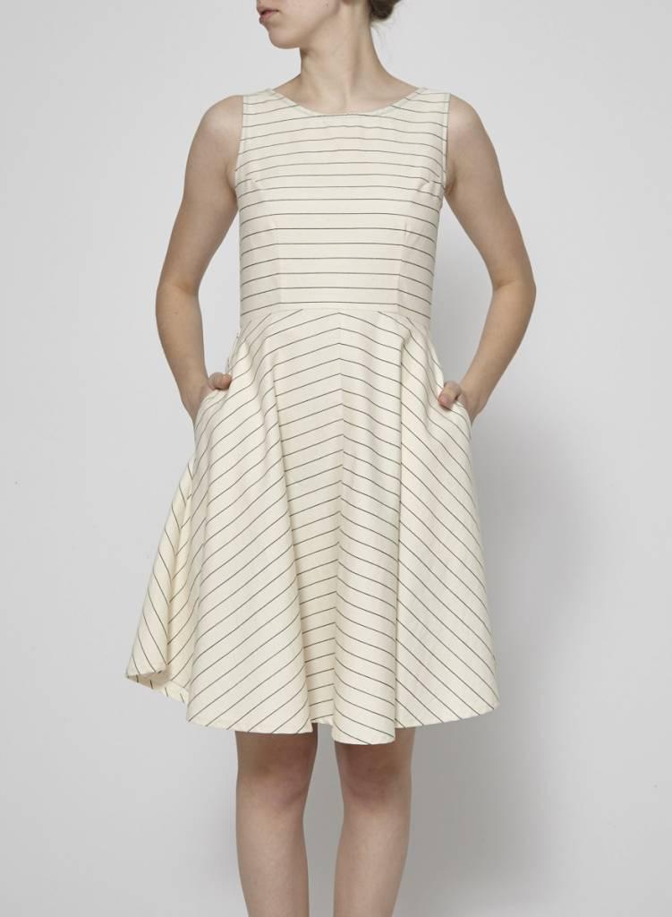 Amanda Moss Robe en coton à fines rayures
