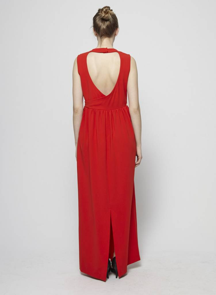 Éditions de Robes Robe rouge sans manches à dos ouvert