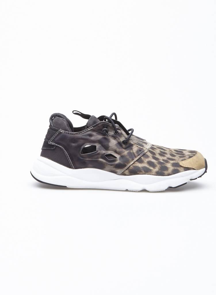 9a2ff2ca02d089 Animal Printed Sneakers - Reebok - DEUXIEME EDITION