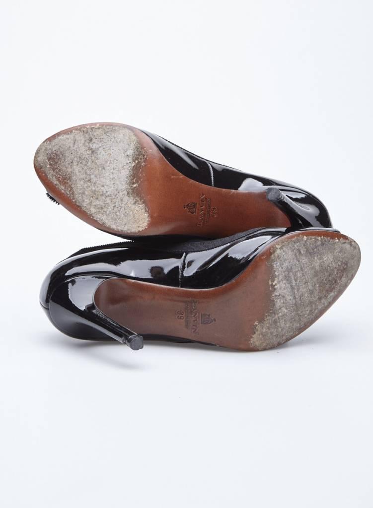 Lanvin Escarpins noirs en cuir vernis à noeuds