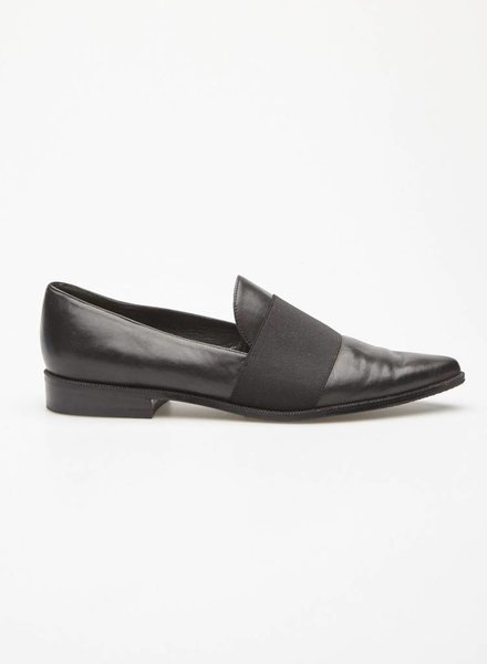 Stuart Weitzman BLACK LEATHER LOAFERS WITH ELASTIC BAND
