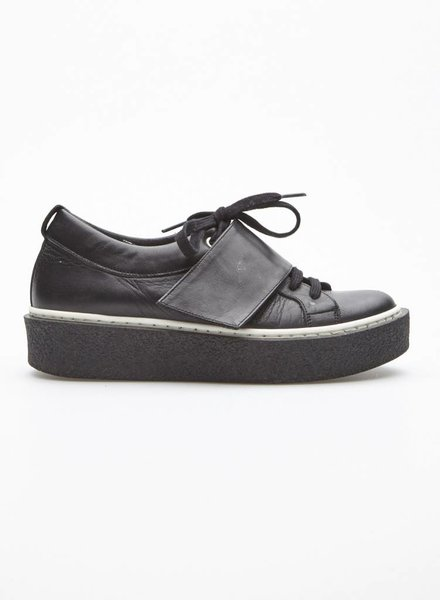 L'intervalle BLACK LEATHER FLATFORM SHOES