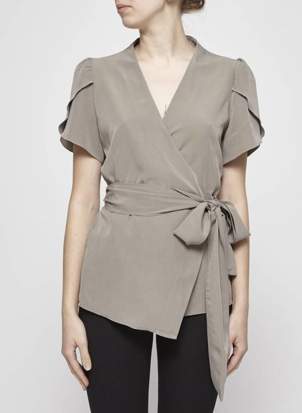 Tavãn & Mitto GREY TULIP SLEEVES WRAP TOP