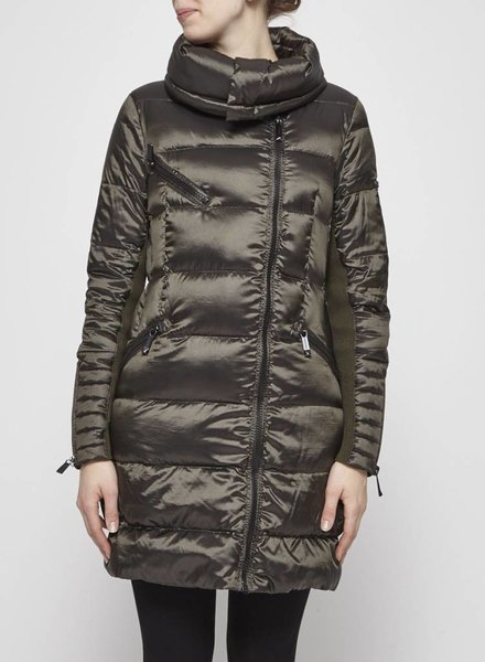 BCBG Max Azria QUILTED FOREST GREEN WINTER COAT