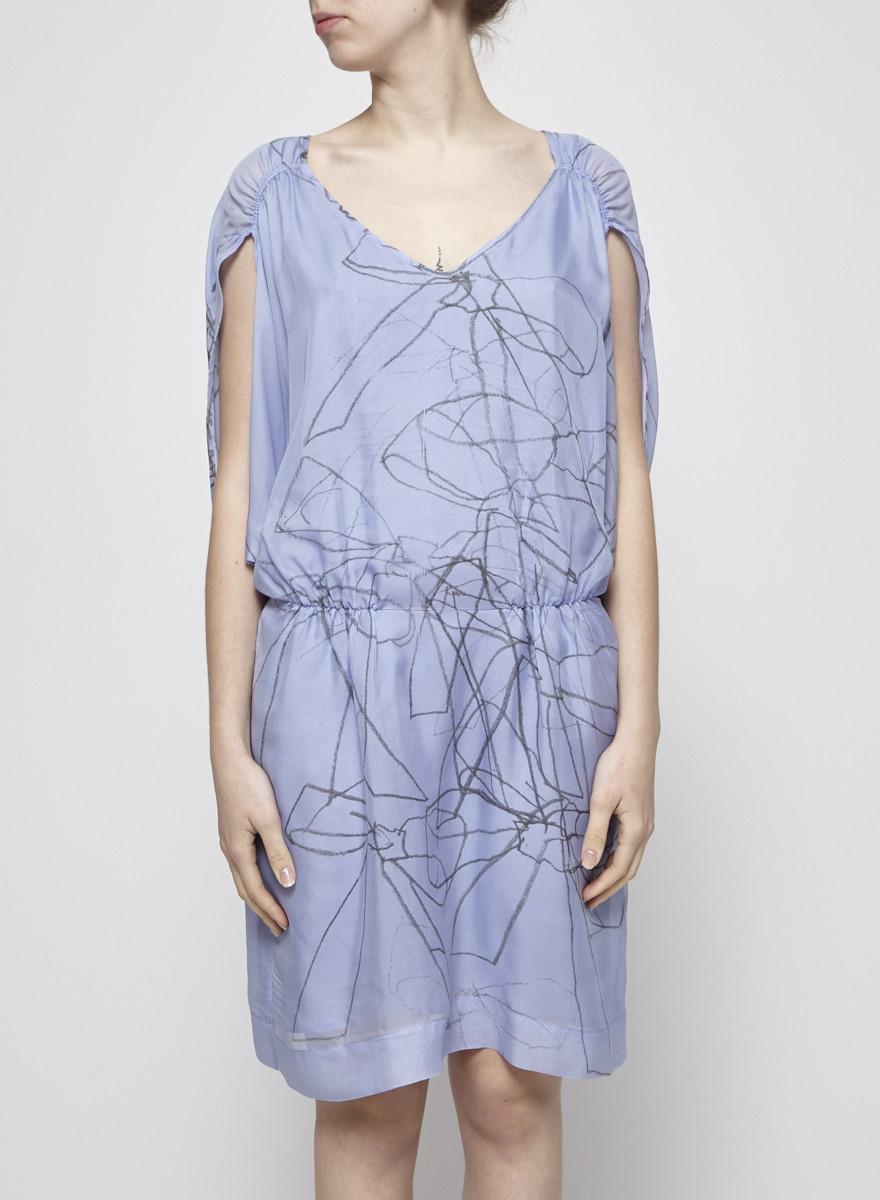 Designers Remix - Charlotte Eskildsen Robe bleue pâle en soie à manches chauve-souris