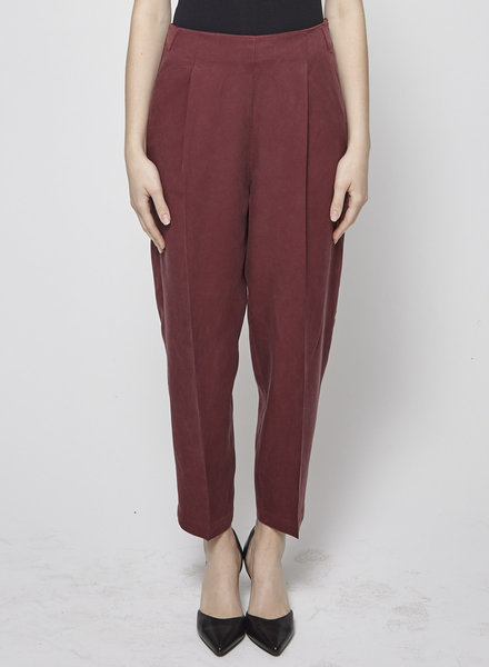 Amanda Moss HIGH-WAISTED RED PANTS