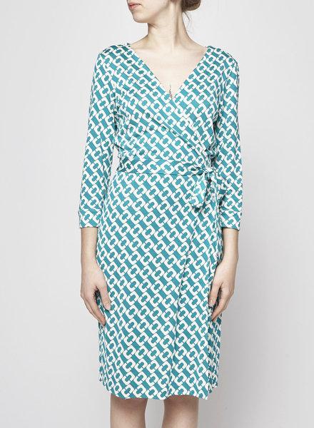23de9617 Diane von Furstenberg TURQUOISE GEOMETRIC PRINT SILK WRAP DRESS