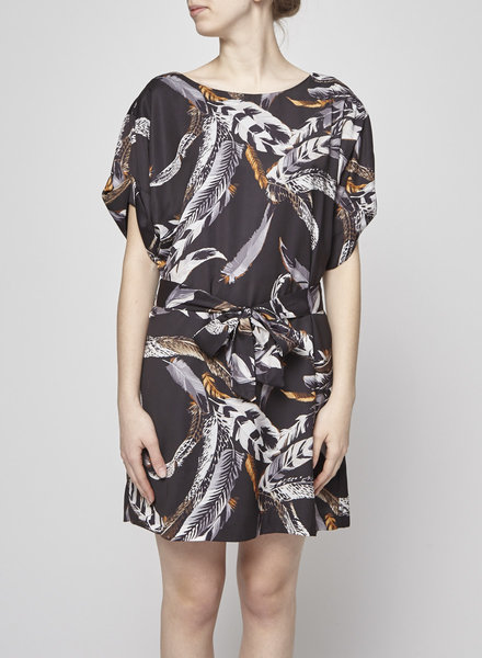 Eve Gravel BLACK BELTED DRESS FEATHERS PRINT