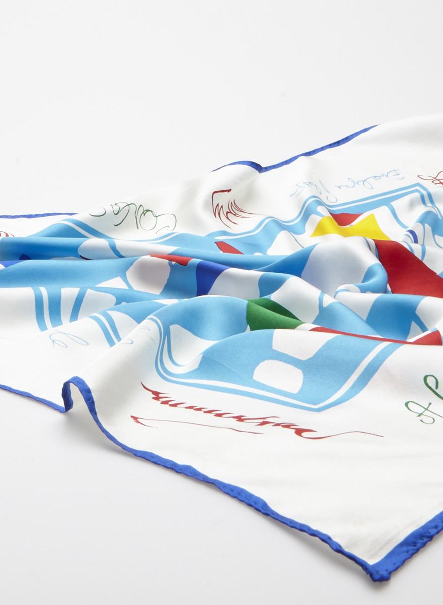 "Designer inconnu ""Small Boats"" Cream and Blue Silk Scarf"