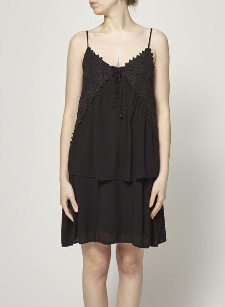 Comptoir des cotonniers BLACK EMBROIDERED DRESS