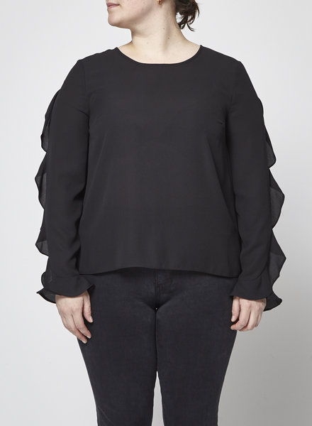 Cece by Cynthia Steffe BLACK BLOUSE WITH RUFFLE SLEEVES