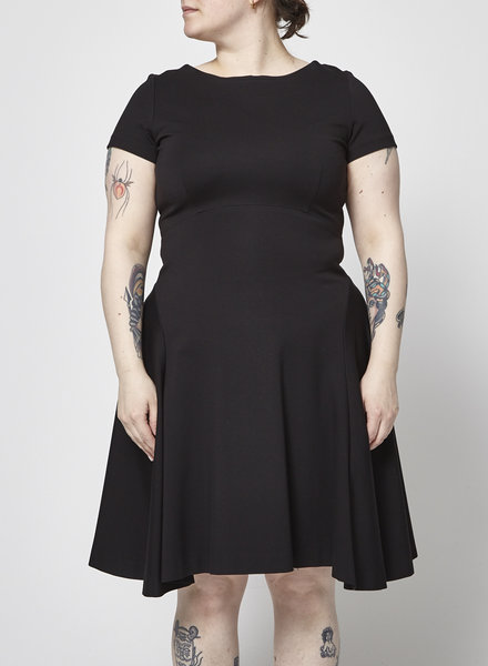 Éditions de Robes SHORT SLEEVES BLACK DRESS