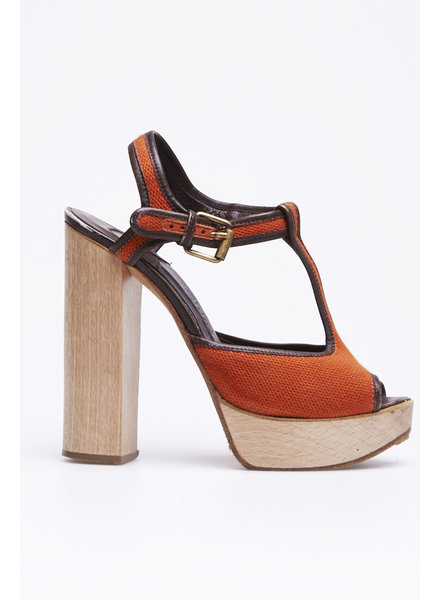 Chloé ON SALE - ORANGE SANDALS WITH WOODEN HEELS