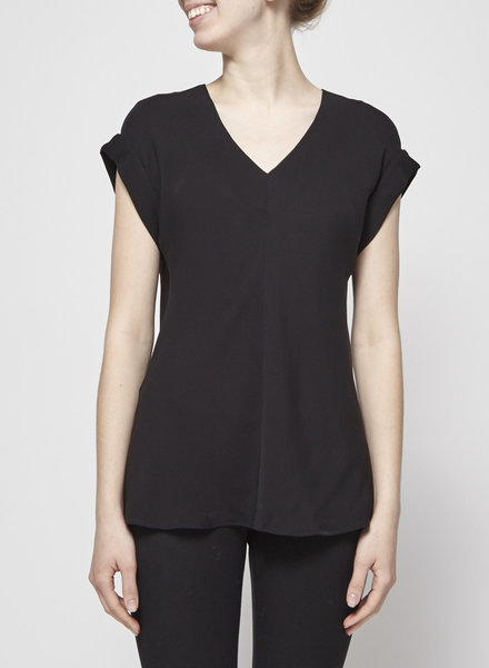 Theory BLACK SILK V-NECK TOP
