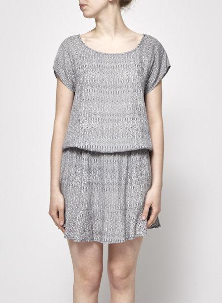 Soft Joie ELASTIC WAIST BLACK AND WHITE DRESS