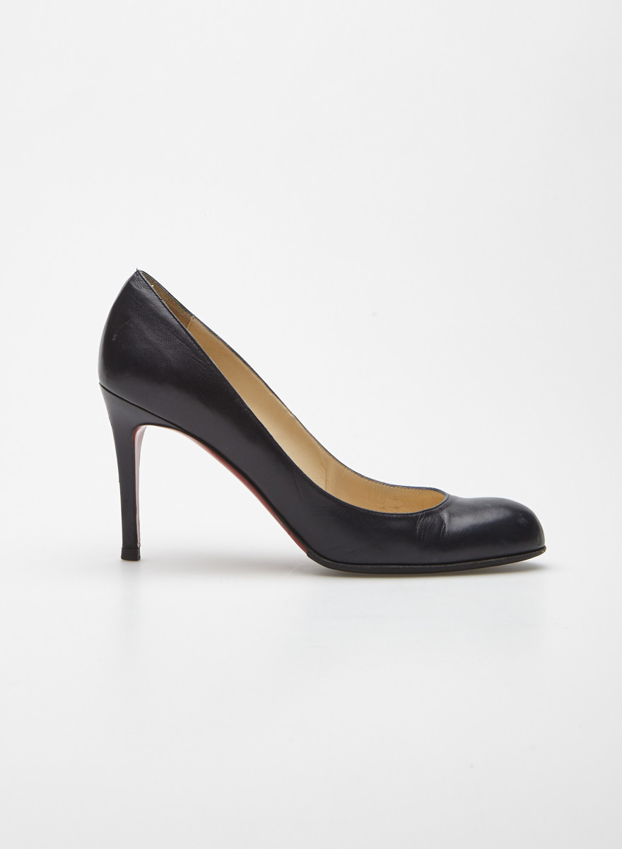 lowest price 146c3 76820 Navy Blue Matte Leather Pumps - Christian Louboutin