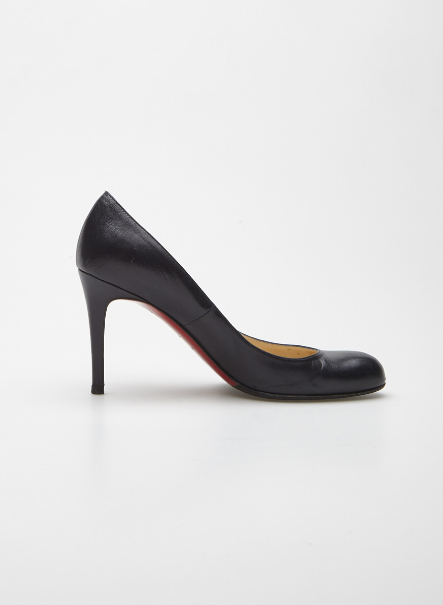 separation shoes 8bf62 14058 Christian Louboutin Navy Blue Matte Leather Pumps