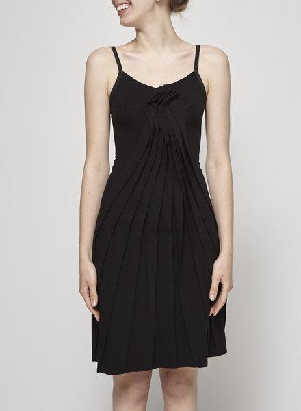 Denis Gagnon BLACK OPEN-BACK PLEATED DRESS