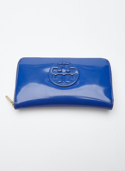 Tory Burch SALE - ROYAL BLUE PATENT LEATHER WALLET