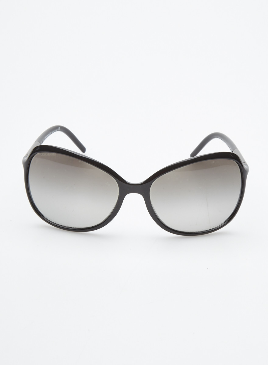 Burberry Lunettes de soleil noires ovales