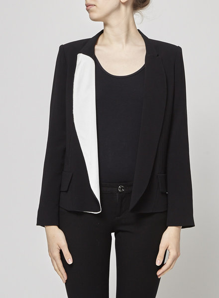 O'2nd BLACK JACKET WITH WHITE AND BLACK COLLAR