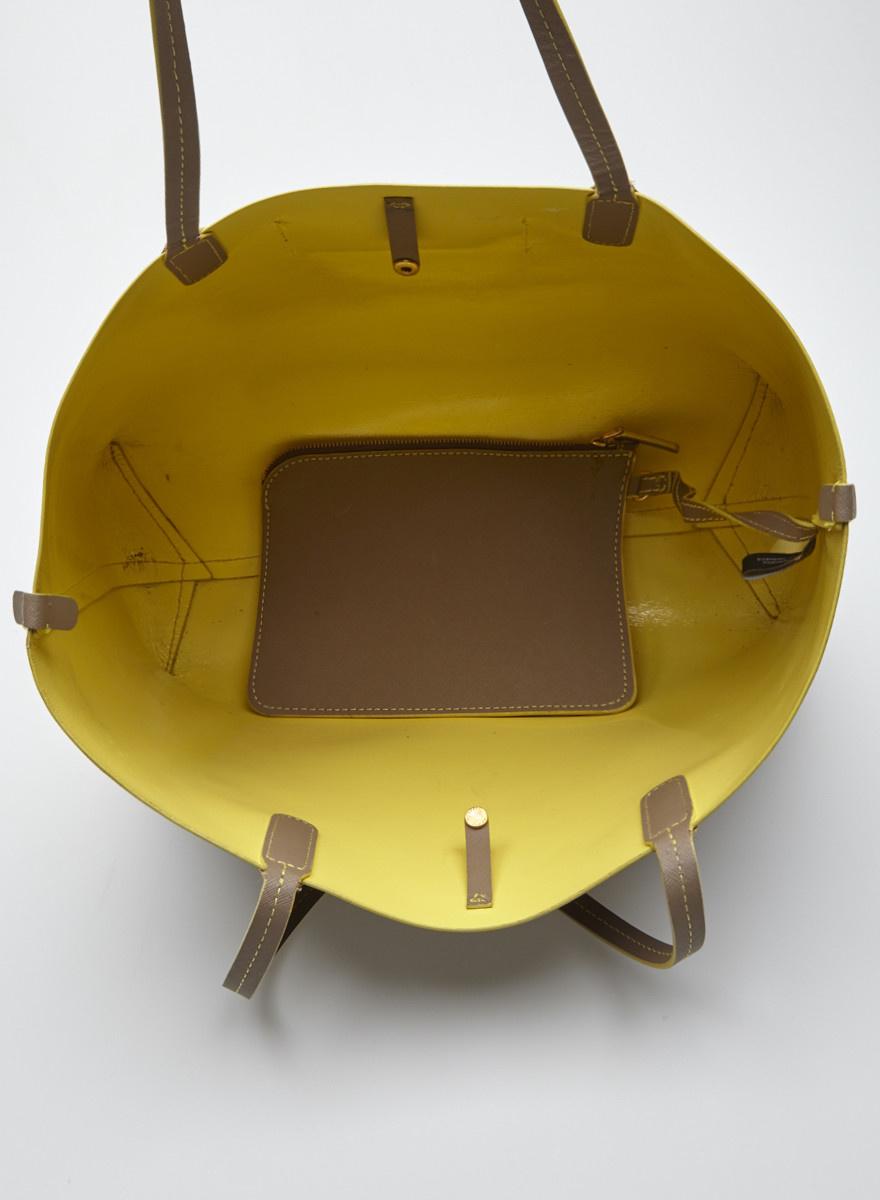 Marc by Marc Jacobs Cabas en cuir enduit beige intérieur jaune fluo