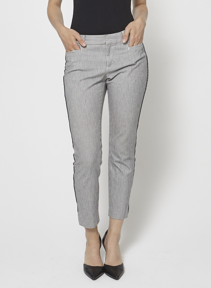 Banana Republic Blue and White Striped Cropped Pants