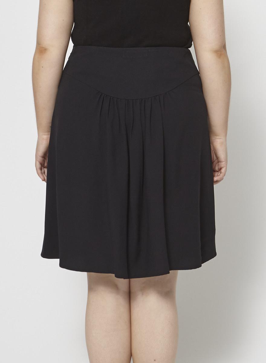 Prada Black Pleated Skirt