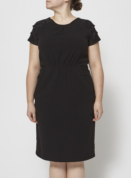 Eve Gravel BLACK DRESS WITH SEQUINED LACE SHOULDERS