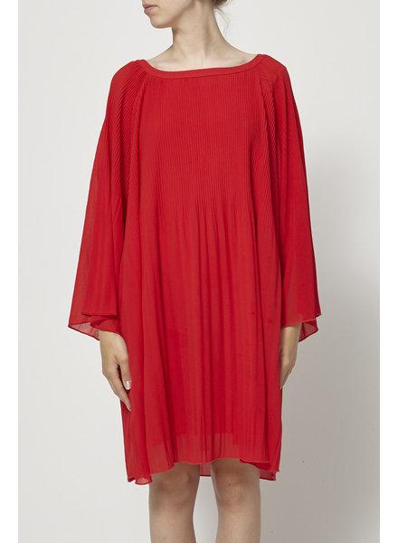 Minimum PLEATED LONG SLEEVES RED DRESS