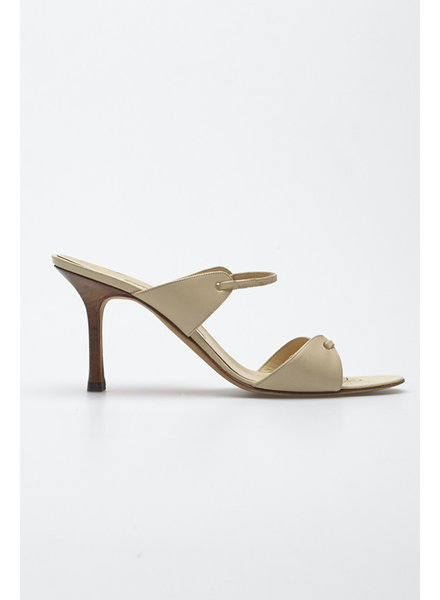 Manolo Blahnik BEIGE LEATHER PUMPS