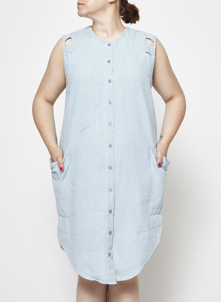 Eve Gravel BABY BLUE CHAMBRAY DRESS