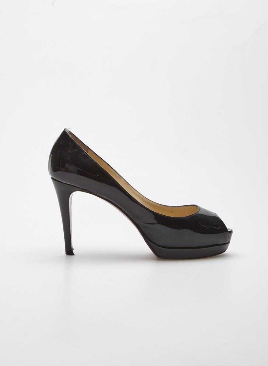 nouveau concept 2c810 72f09 Escarpins noirs en cuir lustré à bout ouvert - Louboutin