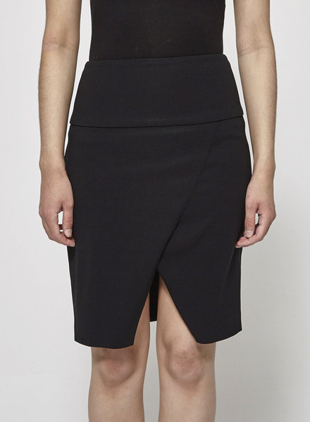 Judith & Charles BLACK SKIRT OPENING AT THE FRONT