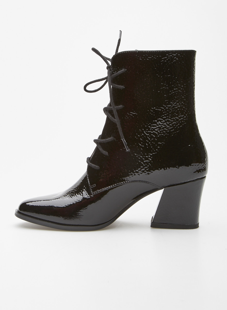 Intentionally Blank Black Lace-Up Patent Leather Booties - New