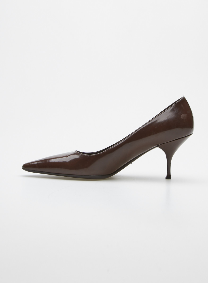 Prada Brown Patent Leather Kitten Heel Pumps