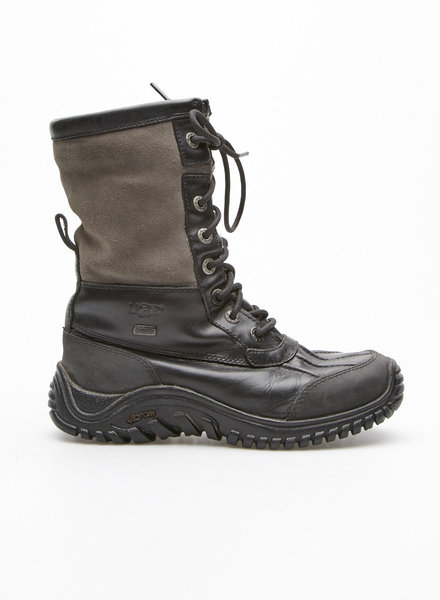 UGG BLACK AND GREY SUEDE AND LEATHER BOOTS