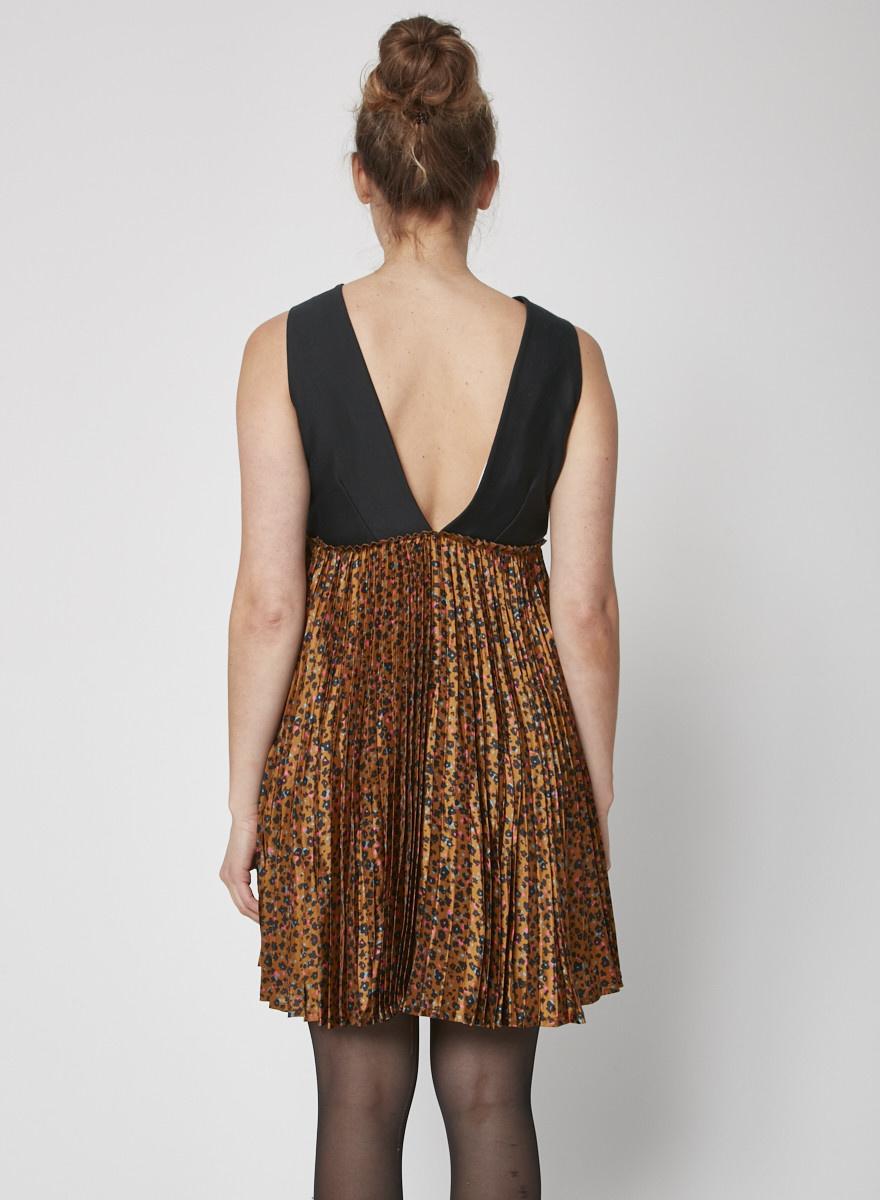 Floral print bottom pleated dress
