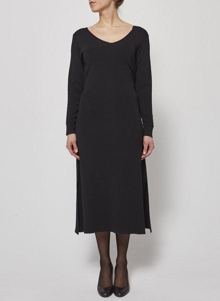 Charli BLACK DRESS - NEW (SIZE LARGE)