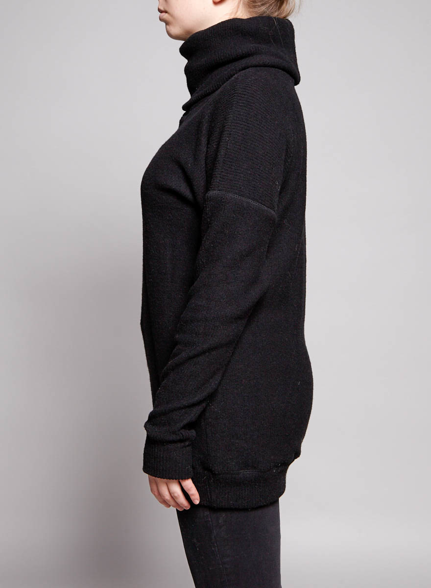 Sam & Lavi Black Turtleneck Sweater - New with Tag